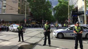Полиция Мельбурна на месте происшествия