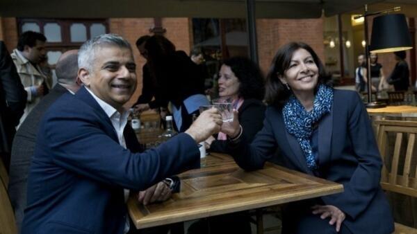 Paris Mayor  Anne Hidalgo and London Mayor Sadiq Kahn at a meeting in London recently