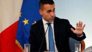 """O vice-primeiro ministro italiano Luigi Di Maio afirmou que """"a França continua a ter colônias com o uso de uma moeda, o 'franco colonial' (CFA)""""."""