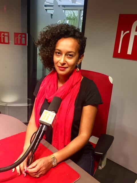 L'écrivaine Beata Umubyeyi Mairesse en studio à RFI (septembre 2019).