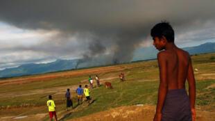 Tại một vùng biên giới, nơi người Rohingya Miến Điện chạy sang Bangladesh lánh nạn. Ảnh chụp ngày 15/09/2017.