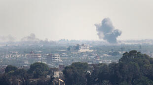 Clashes between Egyptian soldiers and Islamic State group jihadists in northern Sinai , seen from Rafah , July 2, 2015 .