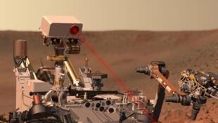 Le rover «Curiosity» explore la planète Mars depuis août 2012 en s'appuyant sur dix instruments dont deux franco-américains.