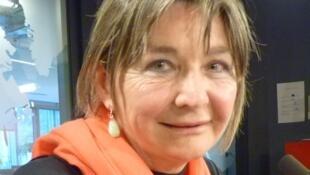 La fotógrafo Helen Zout en los estudios de RFI