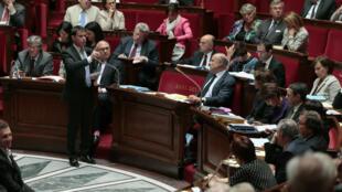El primer ministro francés Manuel Valls en la Asamblea Nacional, en julio de 2014.