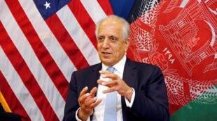 Image d'archive: L'émissaire américain pour la paix en Afghanistan Zalmay Khalilzad, à Kaboul, le 28 janvier 2019.