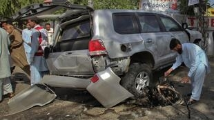 Пешавар. Следственные мероприятия пакистанской полиции на месте взрыва. 20/05/2011