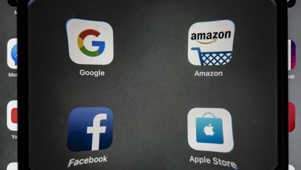 Google, Apple, Facebook, et Amazon sont réunis sous l'acronyme GAFA.