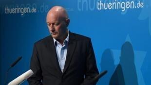 自由民主黨(FDP)政治人物凱默里希(Thomas Kemmerich)當選圖林根邦(Thuringia)總理一天後即辭職     2020年2月5日