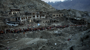 According to tourists at the scene, Leh is almost totally destroyed