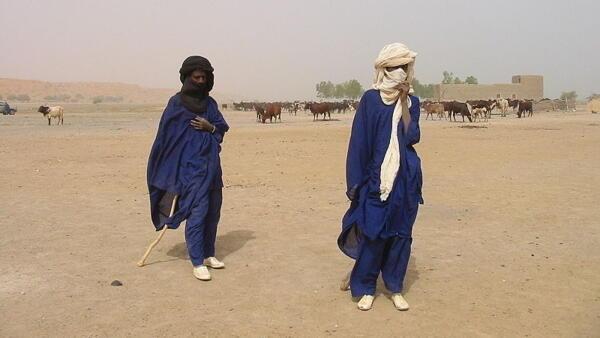 Des éleveurs peuls du Gourma, au sud de Gao, Mali.