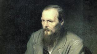 Это только французы, ну,какой-нибудьтам Камю, могут подумать, что никак невозможно стать русским, непрочитав Достоевского