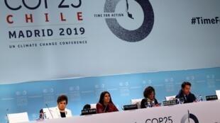 ដំណាលគ្នានឹងកិច្ចប្រជុំរបស់ COP 25 នៅអេស្ប៉ាញ, យុវជន ក្មេងៗ សិស្សសាលា ព្រមទាំងអង្គការអ្នកការពារអាកាសធាតុ បានបាតុកម្មប្រមូលផ្តុំគ្នា តាមរដ្ឋធំៗ។