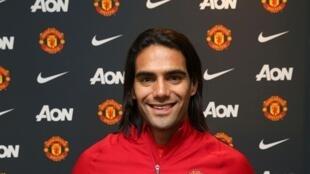 Radamel Falcao foi emprestado pelo Mónaco, clube francês, ao Manchester United da Inglaterra.