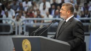 O presidente egípcio Mohamed Morsi declarou neste sábado, 15 de junho de 2013, que seu país estava rompendo as relações com o regime de Damasco.