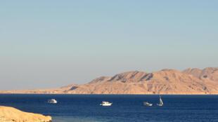 Đảo Tiran ở Hồng Hải.