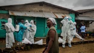 Ces 3,4 milliards de dollars supplémentaires doivent permettre à la Guinée, la Sierra Leone et au Liberia de se relever d'Ebola en deux ans.