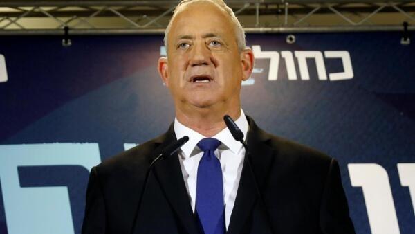 Benny Gantz, líder do partido Azul e Branco, tem 28 dias para formar um governo e superar o impasse político em Israel.