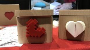 On peut directement dire qu'on aime la French Tech, avec la LoveBox présentée à l'«unveil» du CES par @lovebox_love.