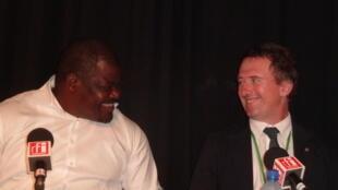 Joseph Okouyi et Lee White.