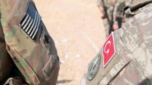 Trump ameaça destruir economia turca se Ancara atacar curdos sírios