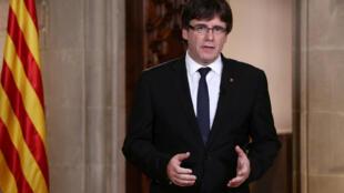 """سخنرانی تلویزیونی """"کارل پویگدمون"""" رهبر استقلال طلبان کاتالونیا در بارسلون. چهارشنبه ۱٢ مهر/ ٤ سپتامبر ٢٠۱٧"""