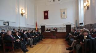 El juez Juan Luis Pía está a punto de dar el veredicto, este 13 de noviembre de 2013.