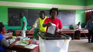 La commission électorale a fait constater à la Cour constitutionnelle une insuffisance de budget pour organiser les législatives.