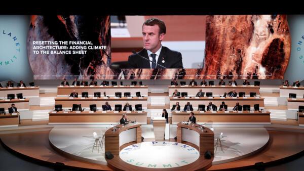 法國總統馬克龍在巴黎一個星球氣候融資峰會上,2017年12月12日。