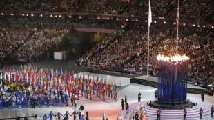 Cerimônia de encerramento dos Jogos Olímpicos de Londres foi marcada por shows e descontração.