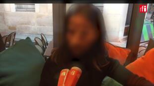 A jovem saudita, que pede para ser chamada de Julia, conseguiu escapar do marido no aeroporto de Paris