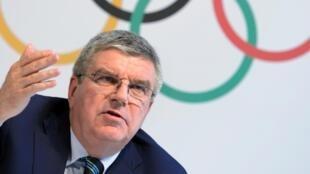 Não é comigo: COI não decide destino dos russos e culpa Agência Mundial Antidoping.