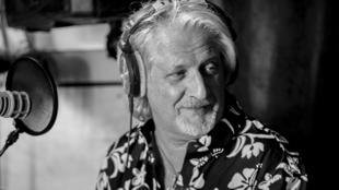 Photographie portrait du chanteur Patrick Sébastien.