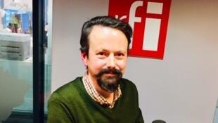 L'écrivain français Jérémie Lefebvre en studio à RFI (décembre 2019).