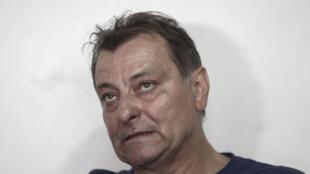 Cesare Battisti admitiu pela primeira vez sua participação nos quatro homicídios pelos quais foi condenado à prisão perpétua na Itália.
