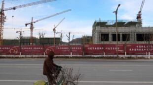 中國經濟下行壓力加大