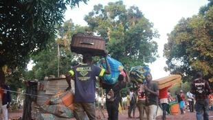 Exodo de imigrantes da RDC a partir da província angolana da Lunda Norte.