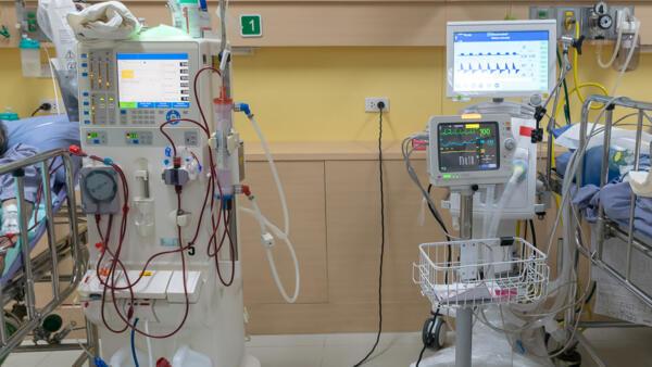 Appareils de dialyse.