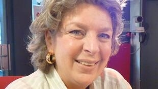 Marie Louise Sorbac en los estudios de RFI en París
