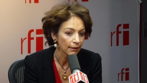 Marisol Touraine, ministra francesa da Saúde e de Assuntos Sociais, assinou o acordo com o ministro brasileiro da Previdência Social, Garibaldi Alves Filho em Paris.