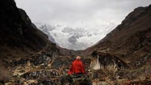 نمایش عکسهای یک راهب بودایی در پاریس