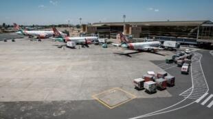 Vue de l'aéroport international Jomo Kenyatta à Nairobi. (image d'illustration)