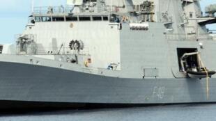 Chiến hạm tàng hình INS Satpura của Ấn Độ.