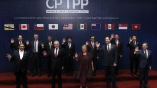 Les représentants des 11 nations ayant signé la dernière version de l'accord de libre-échange transpacifique (TPP), à Santiago le 8 mars 2018.