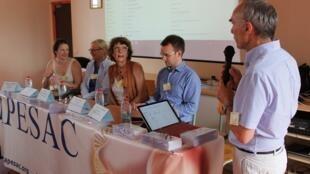 Reunião da associação francesa de vítimas do Dépakine.
