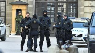 Policías en el centro de Estocolmo, el 7 de abril de 2017.