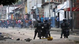Venezuelan security forces clash with demonstrators in Urena, Venezuela, February 23, 2019
