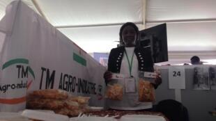 Mariama Abdoulaye, fondatrice de TM agro-industrie vend pour 200 000 francs CFA de chips locales chaque mois.