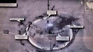 Tổng thống Mỹ Donald Trump đăng trên Twitter của ông bức ảnh vệ tinh chụp bãi phóng tên lửa của Iran bị hư hại nặng.