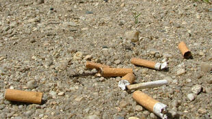 A fine of 68 euros for throwing a cigarette butt on the street will soon be in force